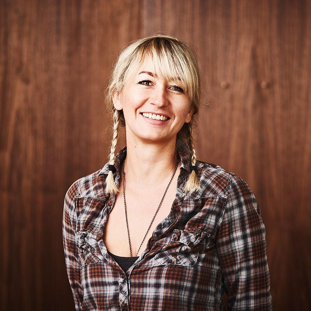 Anna Sturmeit Ansprechpartner SOULSPIN Tischtennis Shop